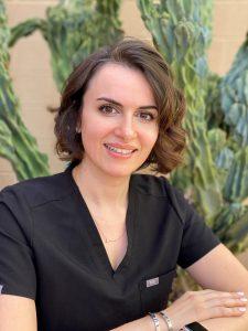 Dr Anna Headshot